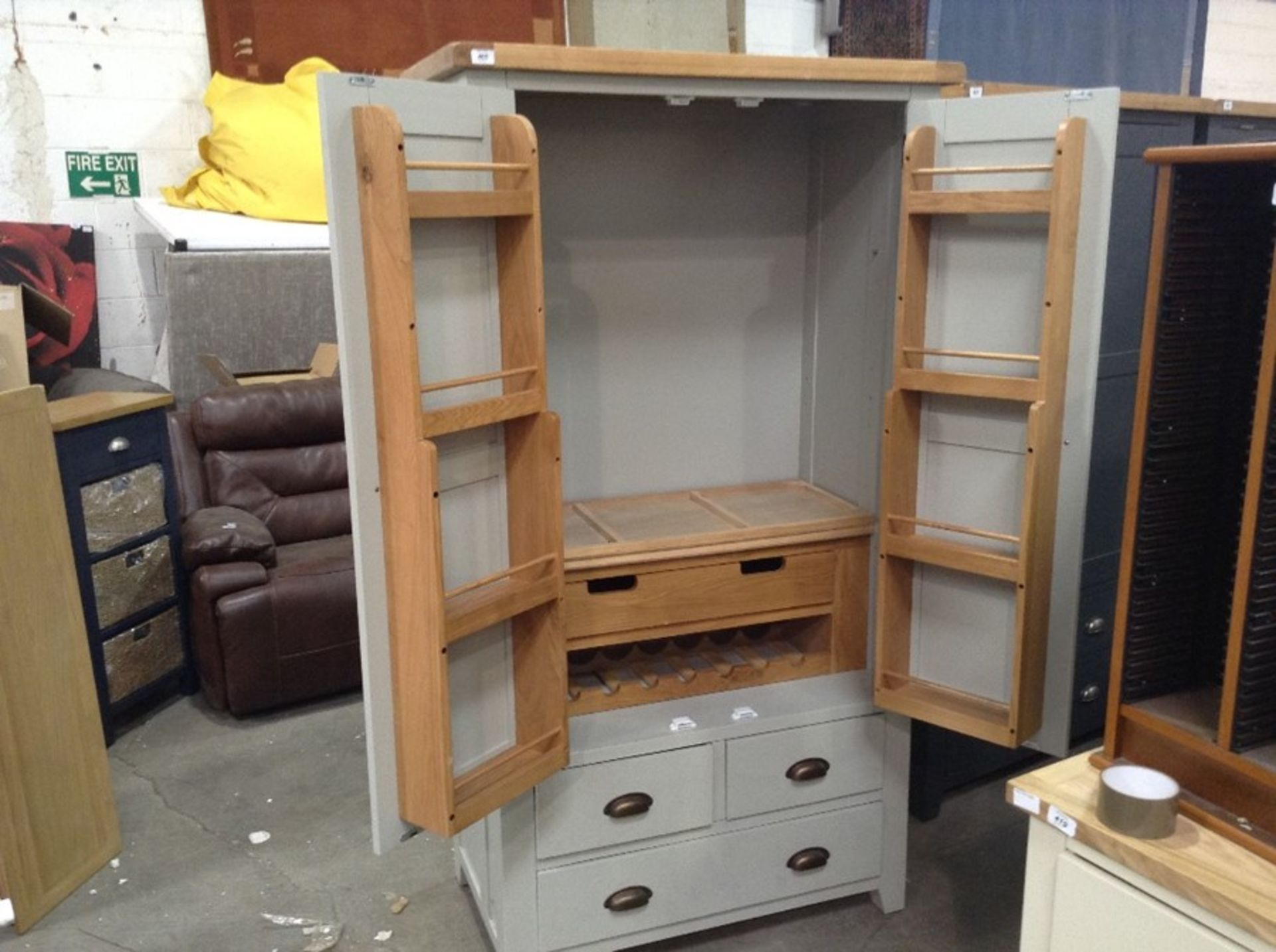 Hampshire Grey Large Larder Unit (CH-N24 -LARL-PBLUE) - Image 2 of 3