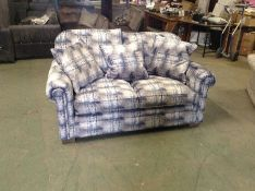 BLUE PATTERNED 2 SEATER TR002146 W00907496 W009066