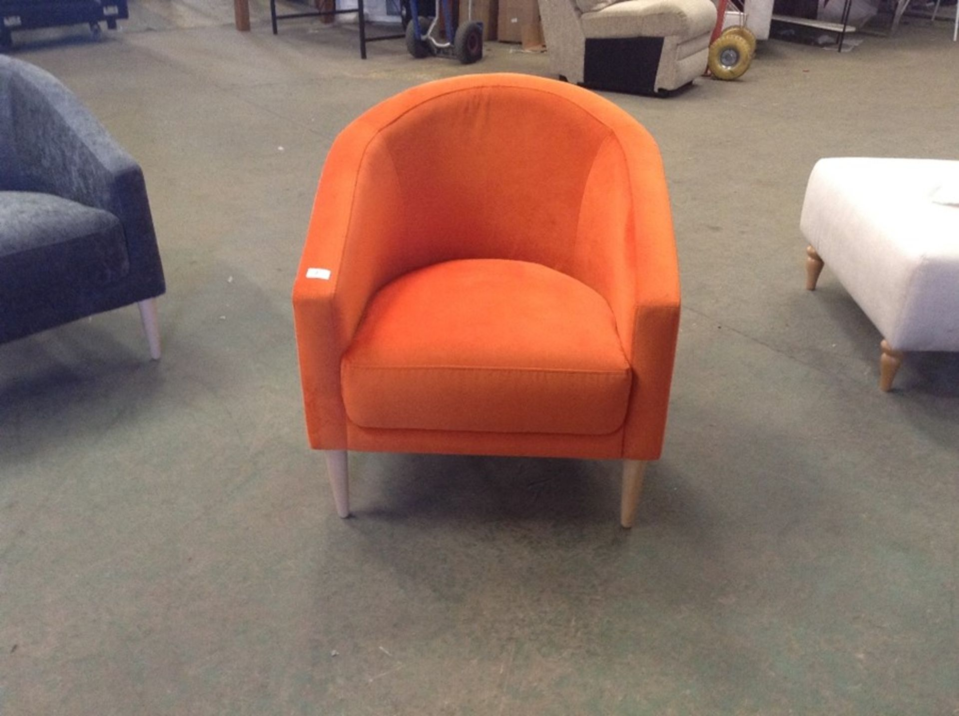 SHELL HARRIET ORANGE CHAIR (SFL1245 -S523601)