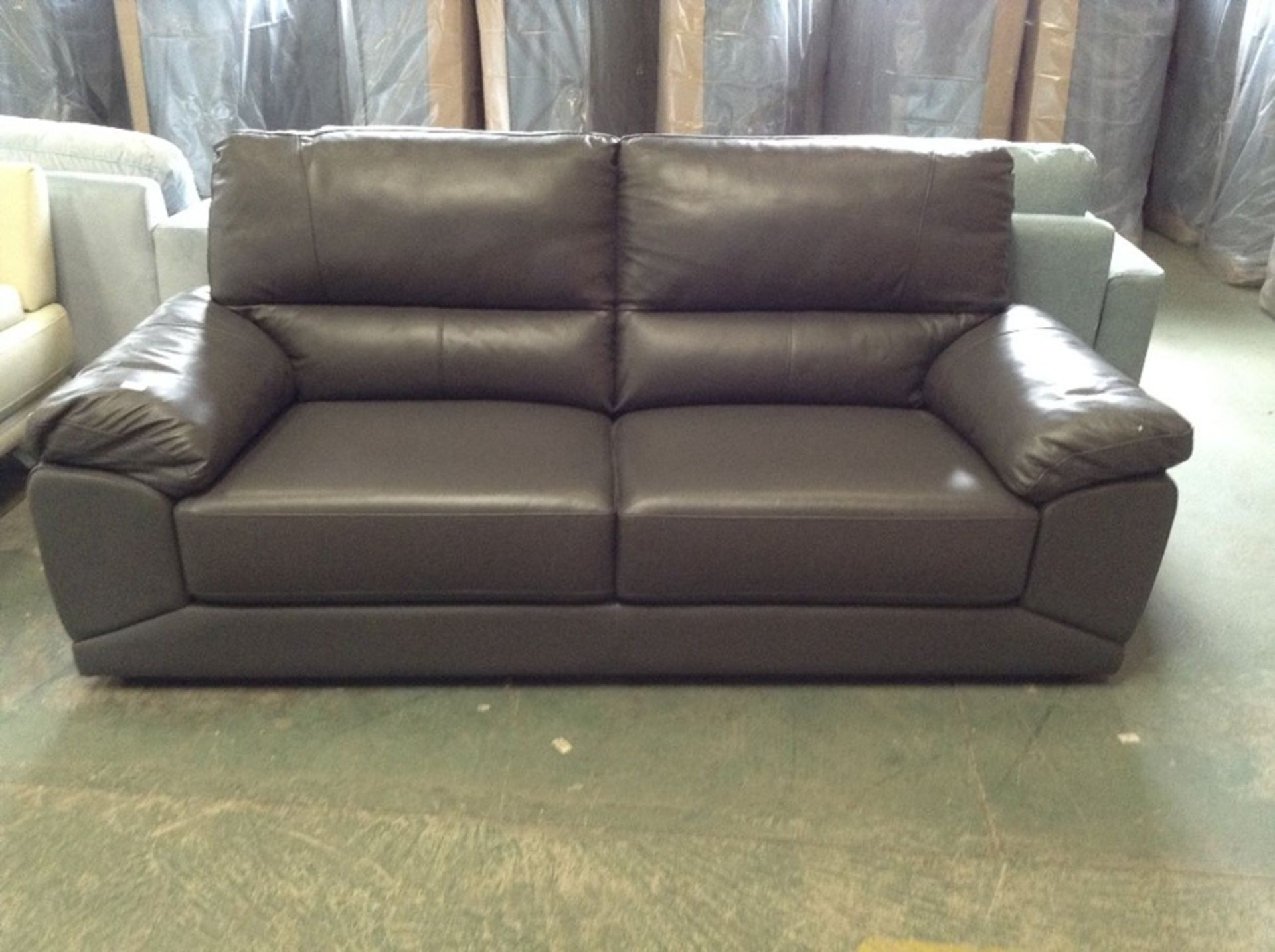 BROWN LEATHER 3 SEATER SOFA (RIPS ON CORNERS)
