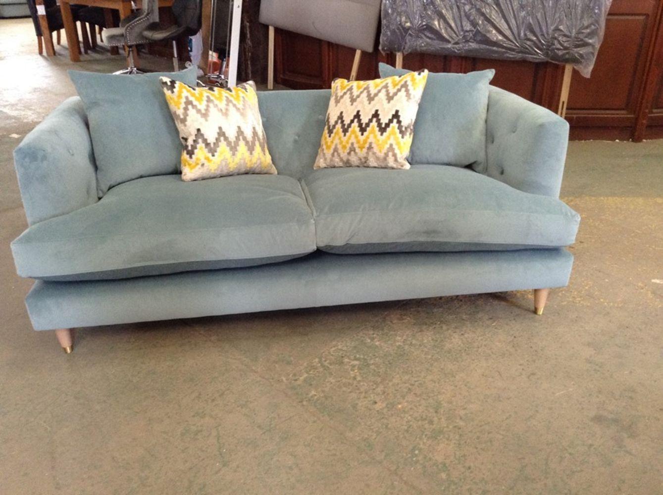 Modern & Antique Furniture Auction inc Top High Street Brands
