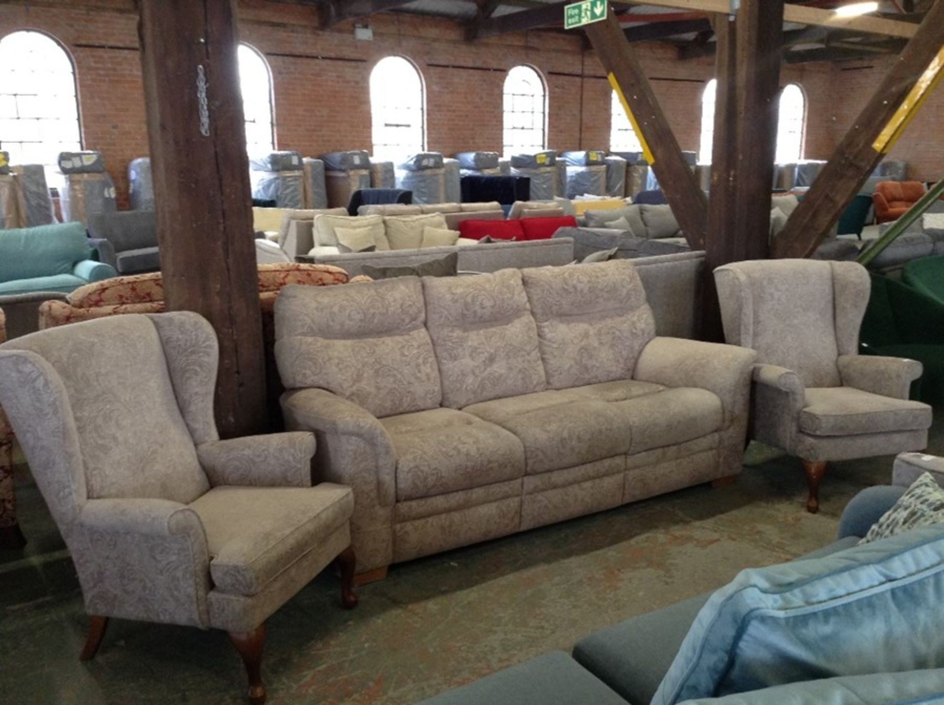 BEIGE PATTERNED HIGH BACK 3 SEATER SOFA AND 2 X W - Image 2 of 2