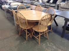 KENTUCKEY EXTENDING TABLE AND 6 CHAIRS (DAMAGE)