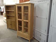 Winchester Oak Display Cabinet (B/134 -CO-DIS)(DAMAGED)