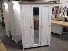 Hampshire White Painted Oak Full Hanging Triple Wardrobe(B/80 -KEL P26-82)(HEAVY DAMAGE)