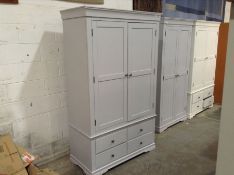Florence Grey Painted Triple Wardrobe(B/26 -SW-TWR-G)(MARKED MISSING HANGING Rail)