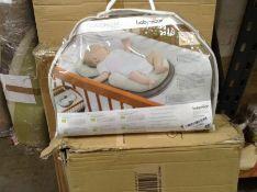 Babymoov Cosydream Original Ergonomic Support Newborn Reducer, 0-3 Months, Smokey RRP -£39.99(