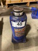 Propel 30-Ton Bottle Jack