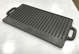 REVERSIBLE CAST IRON GRIDDLE W/ HANDLES, RIBBED/FLAT, TOMLINSON 1024973 - NEW