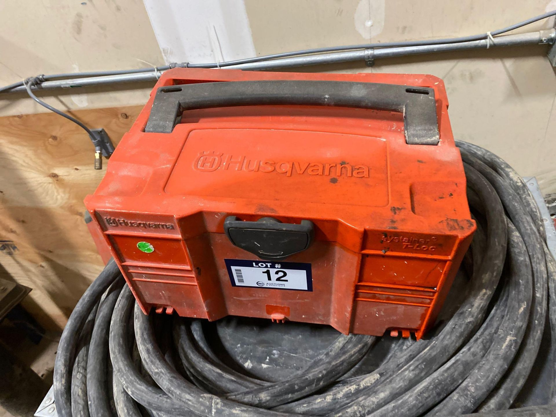 Husqvarna WS 440 HF Electric Wall Saw, Husqvarna PP 440 HF Power Pack, Track System, Blade Guards, e - Image 7 of 17