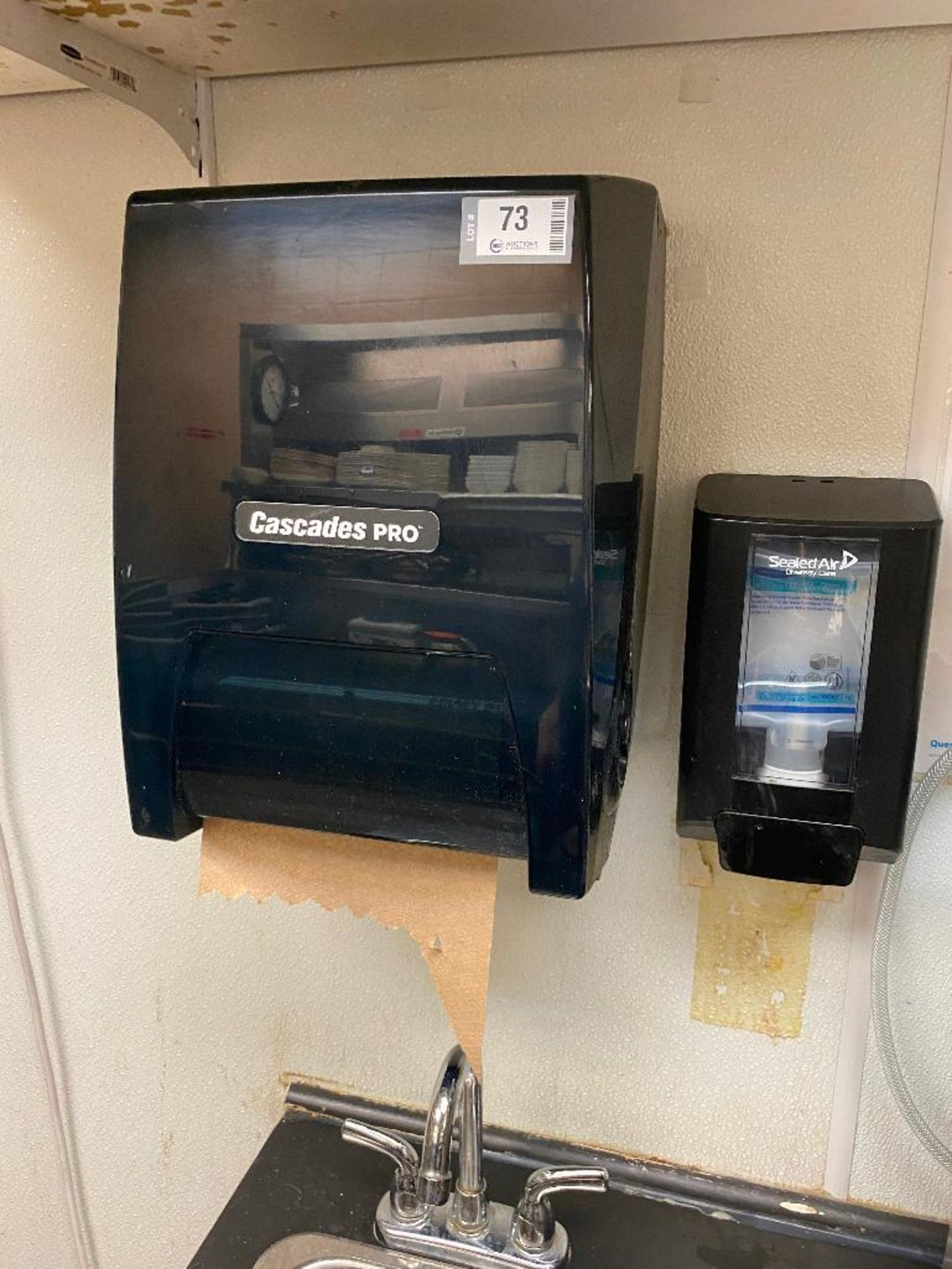 (3) CASCADES PRO PAPER TOWEL DISPENSERS - NOTE: REQUIRES REMOVAL FROM WALL, PLEASE INSPECT