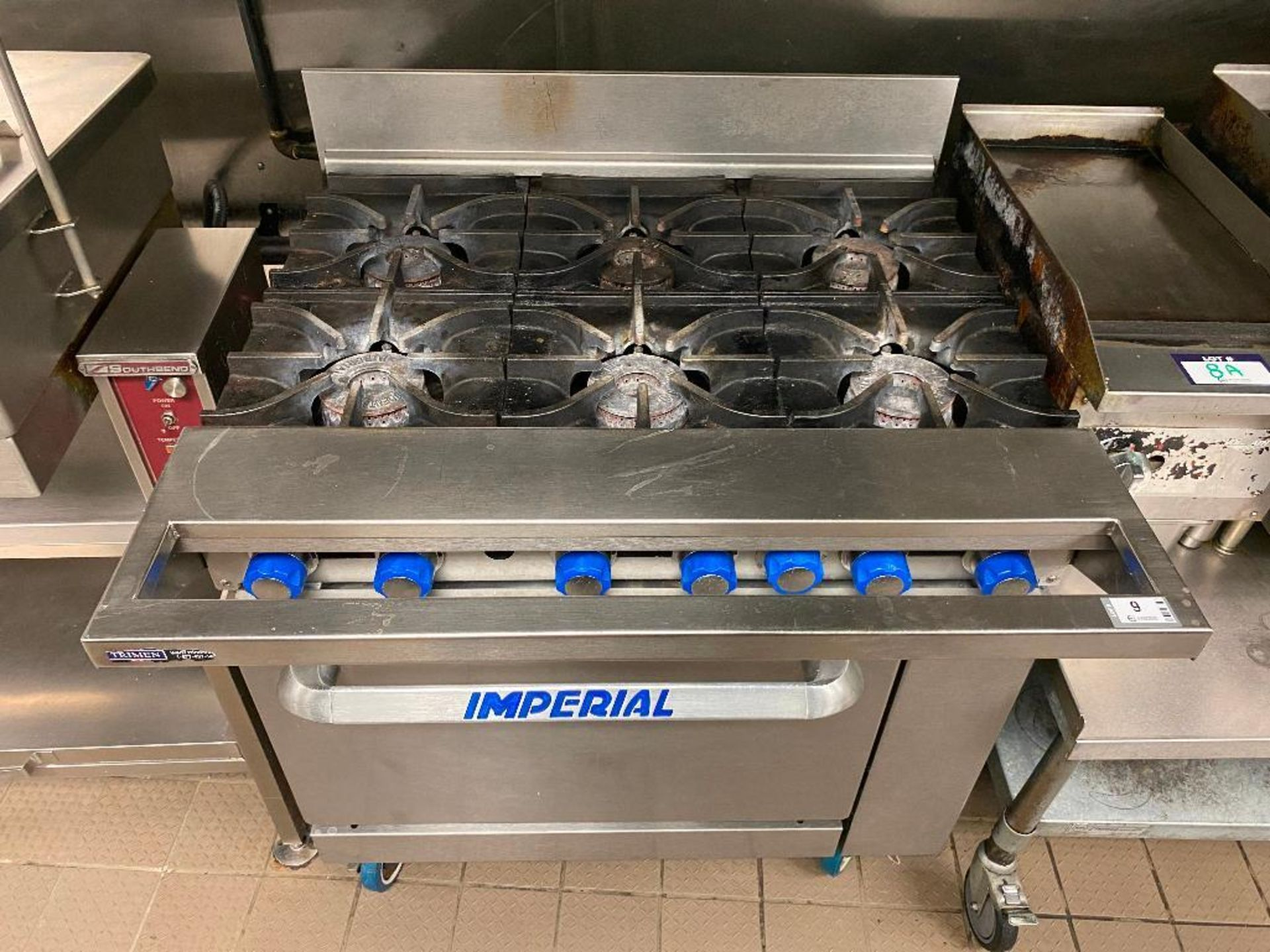 IMPERIAL 6 BURNER RANGE - NOTE: REQUIRES DISCONNECT, PLEASE INSPECT - Image 3 of 5