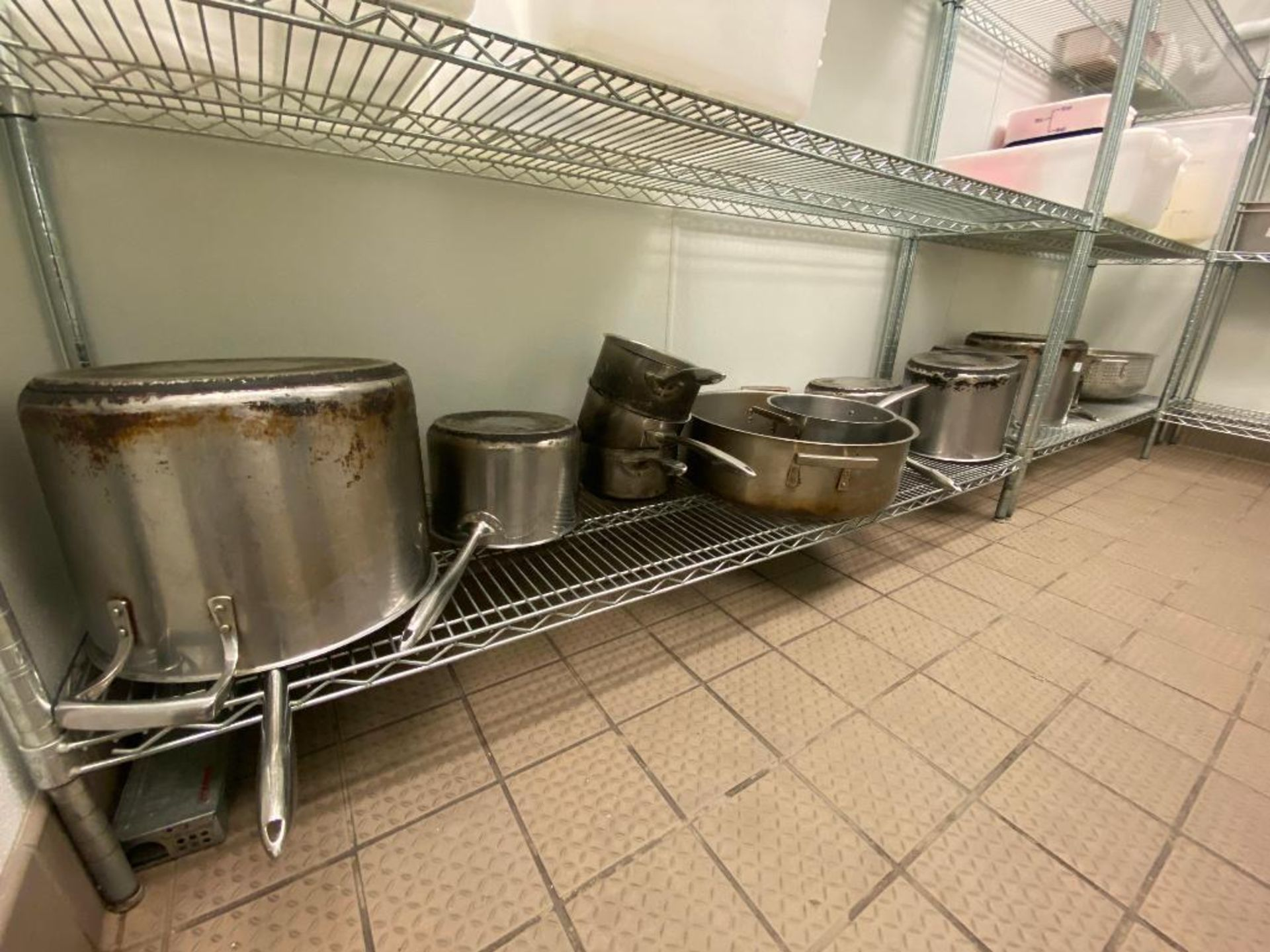 LARGE LOT OF ASSORTED SIZE SAUCE & STOCK POTS - Image 3 of 5