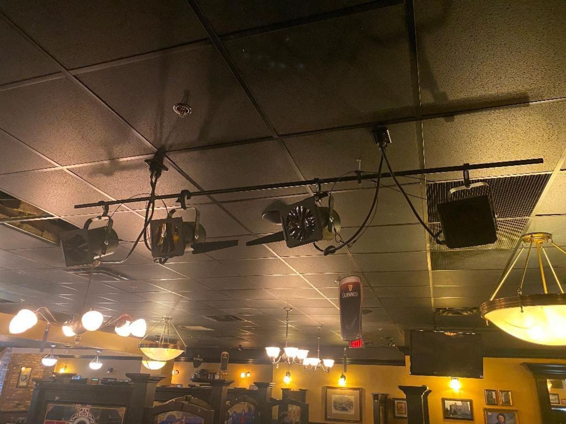 LOT OF (4) STAGE LIGHTS - NOTE: REQUIRES REMOVAL FROM CEILING