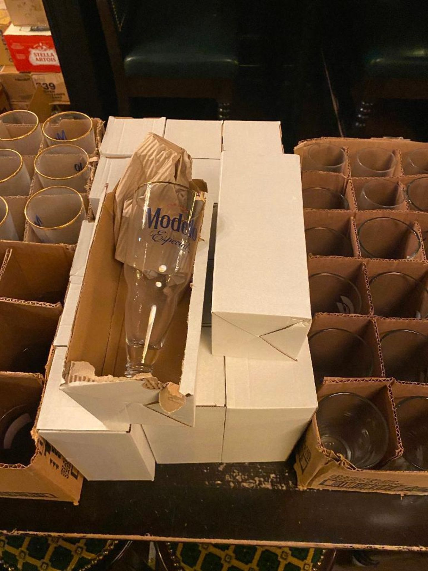 LOT OF ASSORTED BRANDED GLASSES INCLUDING MODELO - Image 3 of 4
