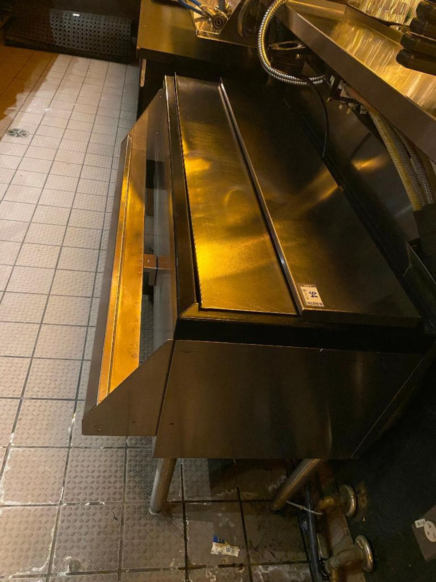 PERLICK STAINLESS STEEL ICE BIN WITH SINGLE SPEED RAIL - NOTE: REQUIRES DISCONNECT, PLEASE INSPECT - Image 3 of 5