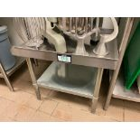 "24"" STAINLESS STEEL EQUIPMENT STAND"