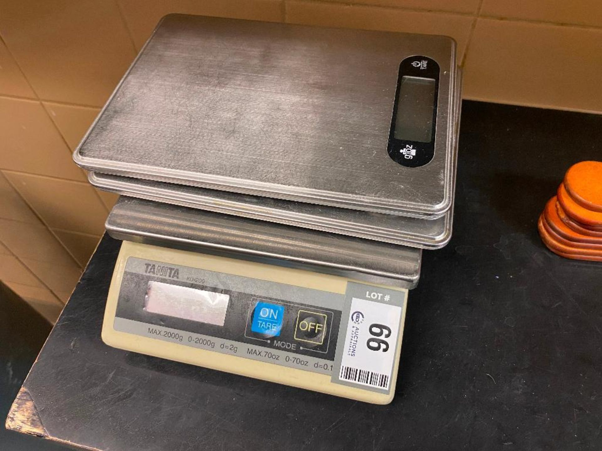LOT OF (3) ASSORTED KITCHEN SCALES INCLUDING (1) TANITA KD-200 - Image 2 of 2