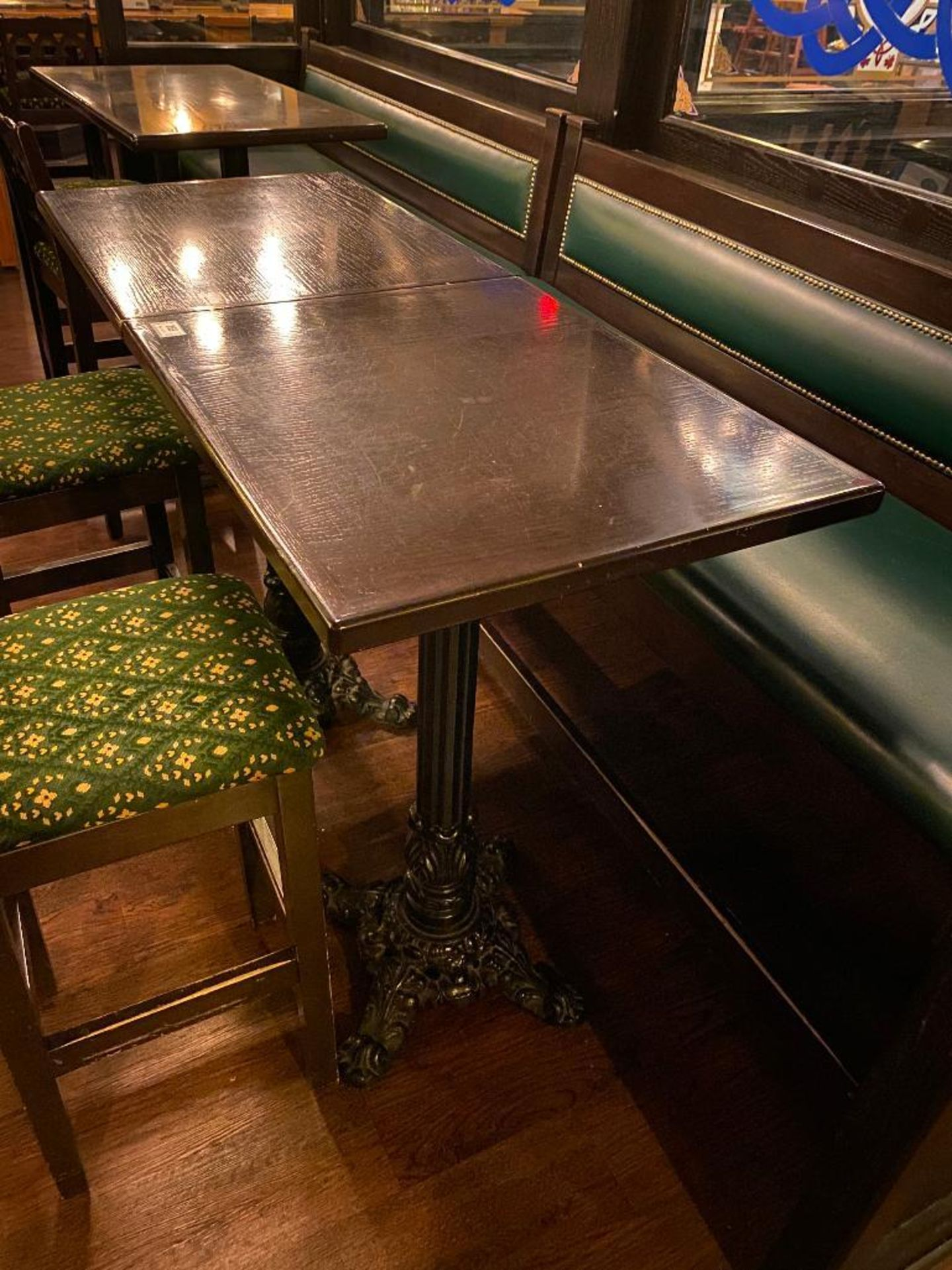 "LOT OF (2) BAR HEIGHT TABLE WITH 2 BAR HEIGHT CHAIRS & (1) 75"" GREEN BAR HEIGHT BENCH - Image 3 of 4"