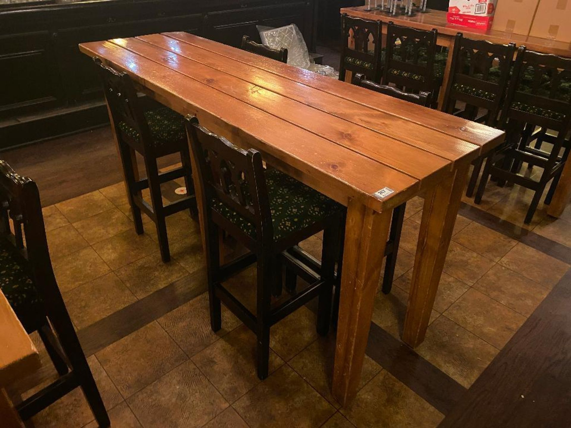 7' WOOD BAR HEIGHT TABLE WITH 4 BAR HEIGHT CHAIRS - Image 2 of 3