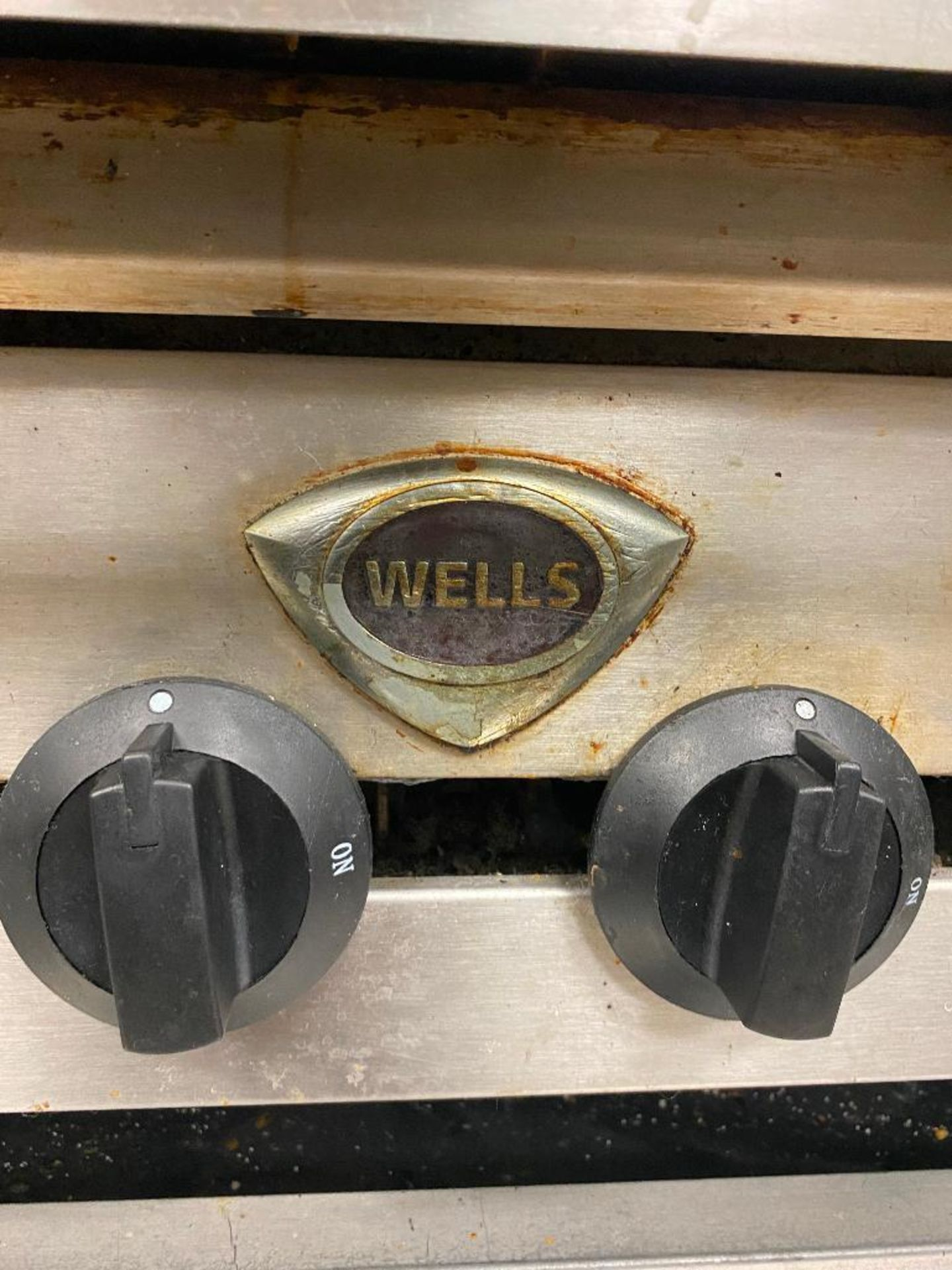 WELLS 6 BURNER CHARBROILER - NOTE: REQUIRES DISCONNECT, PLEASE INSPECT - Image 4 of 4