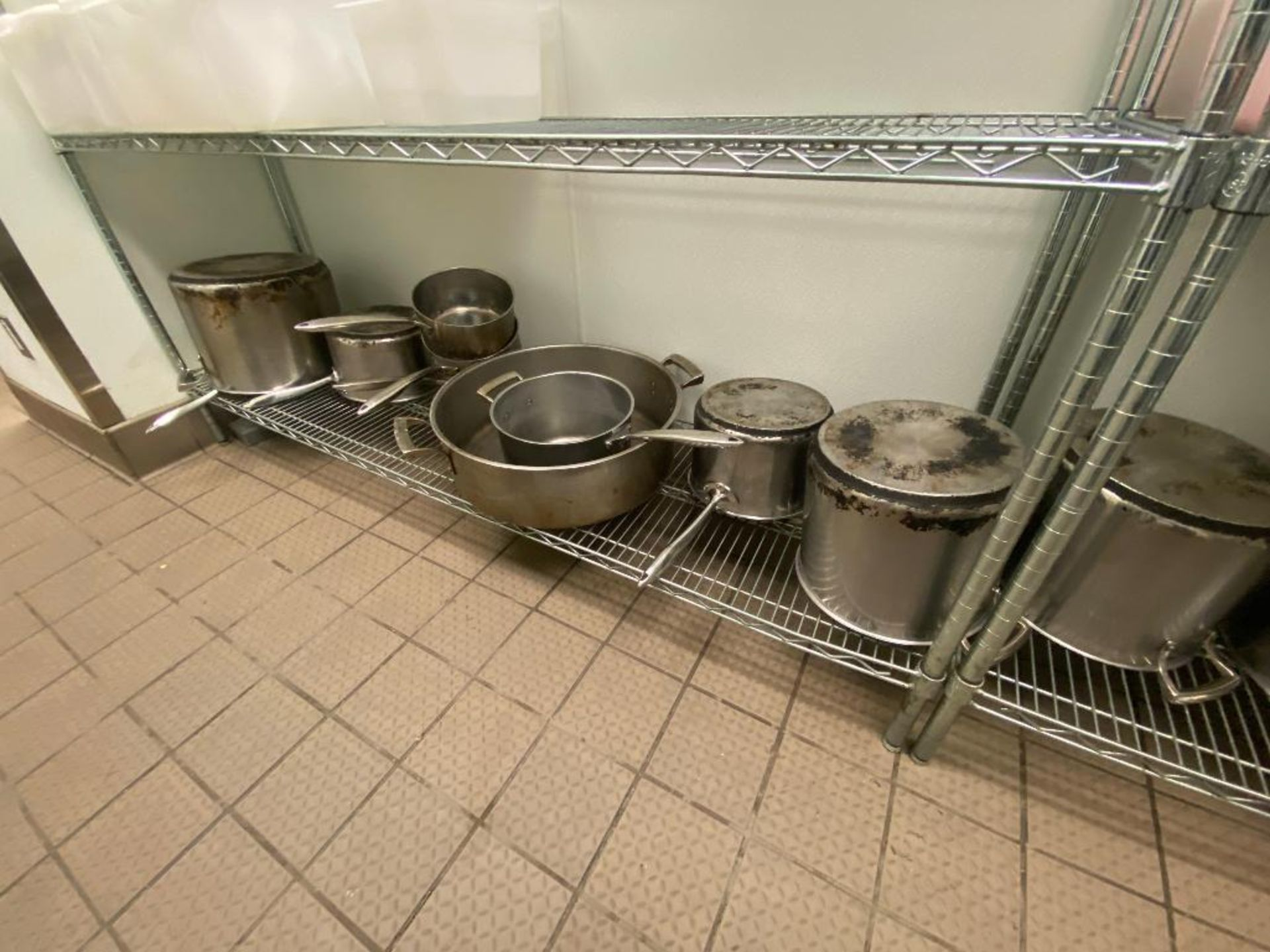 LARGE LOT OF ASSORTED SIZE SAUCE & STOCK POTS - Image 5 of 5
