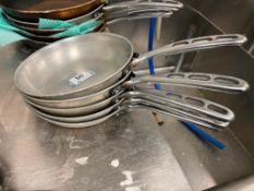 "LOT OF (5) VOLLRATH 8"" FRYING PANS"