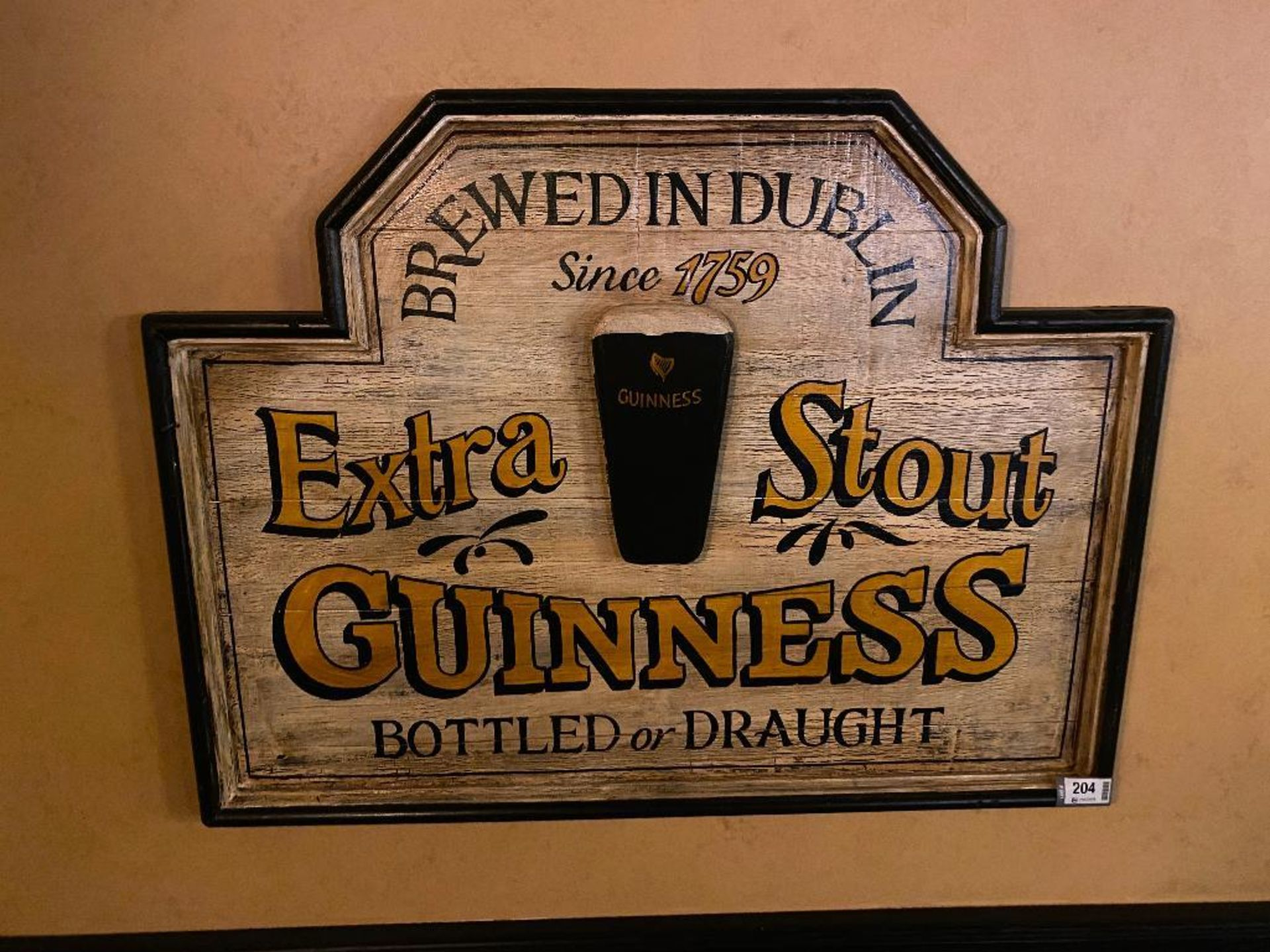GUINNESS EXTRA STOUT WOODEN PLAQUE - NOTE: REQUIRES REMOVAL FROM WALL, PLEASE INSPECT - Image 2 of 2