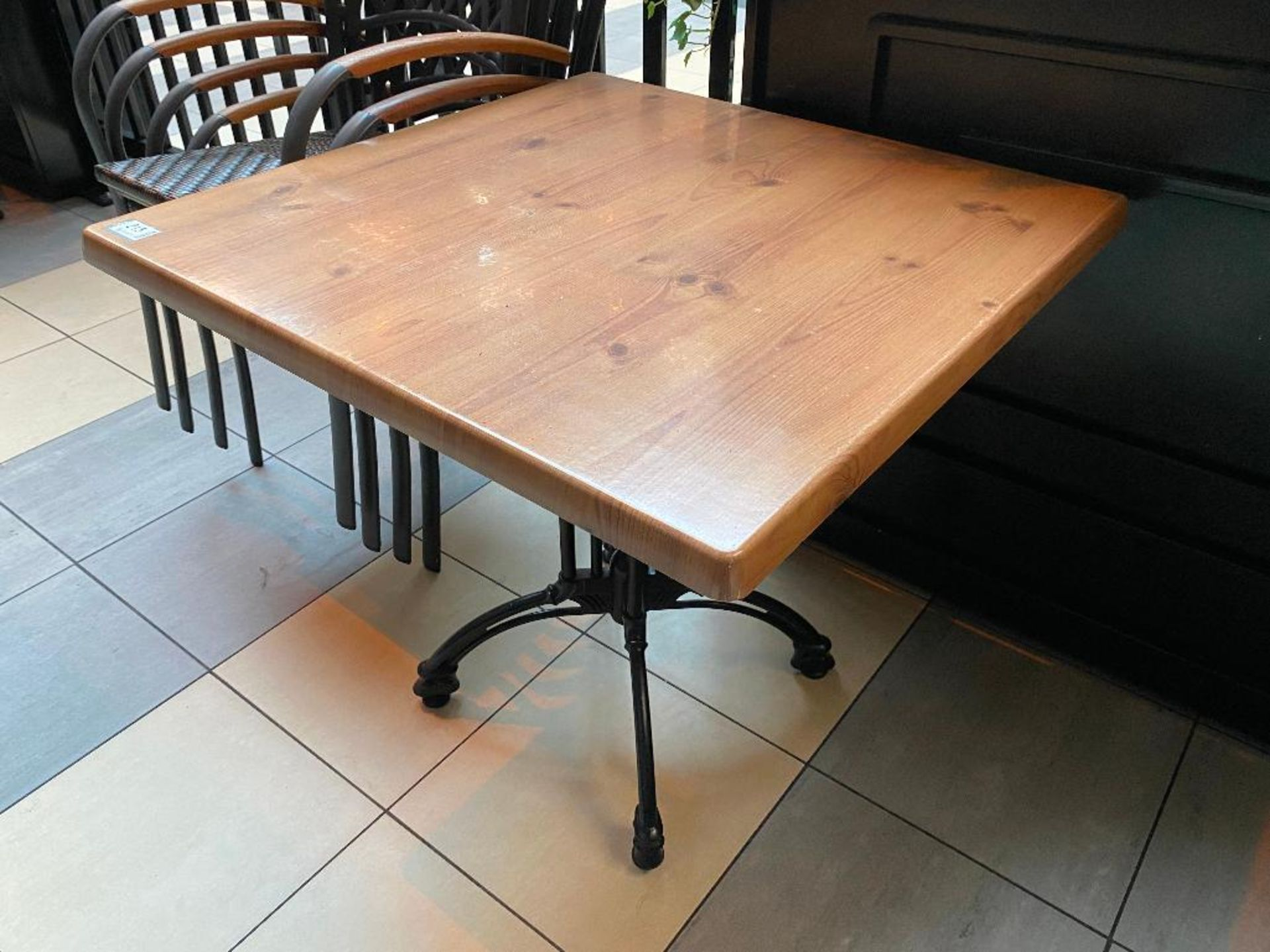 """TOPALIT 31"""" X 31"""" PATIO TABLE WITH 4 CHAIRS - Image 4 of 4"""