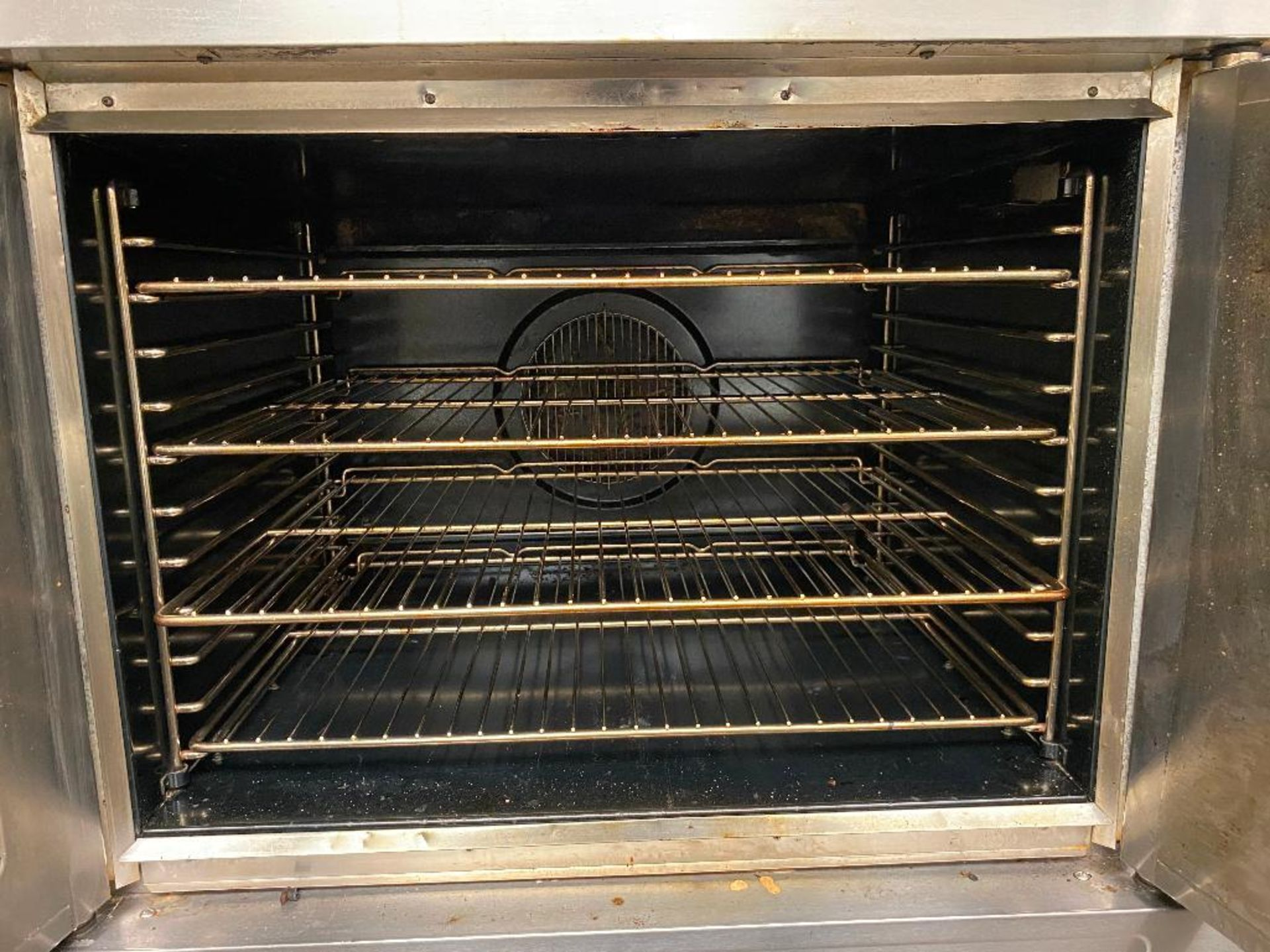 BLODGETT SHO-100-G GAS CONVECTION OVEN - NOTE: REQUIRES DISCONNECT, PLEASE INSPECT - Image 4 of 5