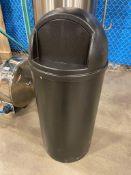 25 GALLON TRASH CAN, RUBBERMAID 8170-88, NEW