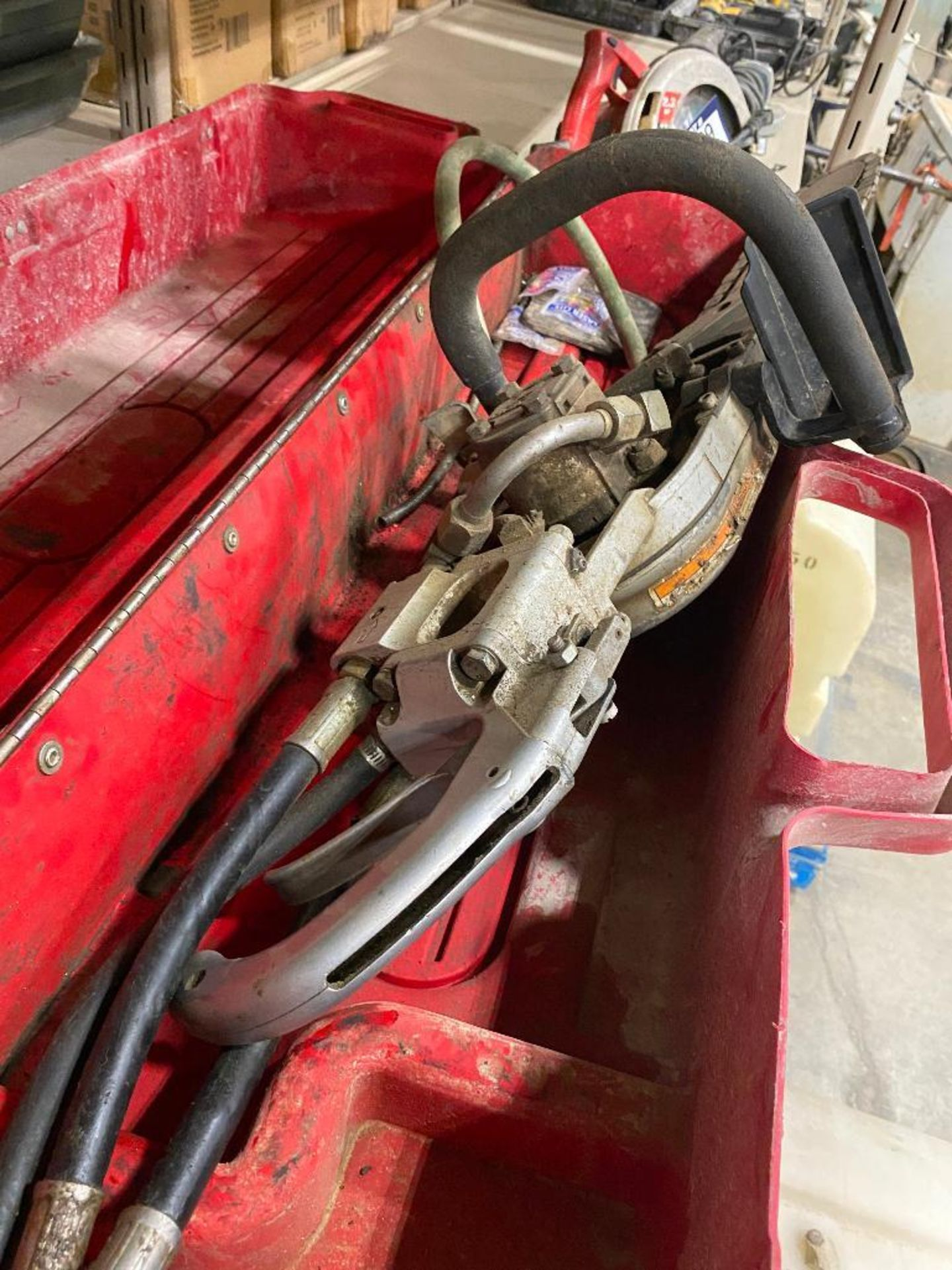 ICS Hydraulic Concrete Chain Saw w/ Case - Image 5 of 10