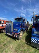 1986 Western Star 4864-2 Tandem Axle Picker Truck. VIN 2WLNCCUD0GK915352.