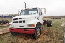 1992 International 4900 Single Axle Truck Chassis, VIN 1HTSDPPP8NH445624.