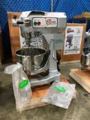 20QT NEW PRIMO PLANETARY MIXER, BOWL GUARD, HOOK, WHIP, PADDLE, #12 ATTACHMENT HUB