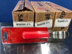 "3 CASES OF MUNDIAL 3.5"" STRAIGHT EDGE SANDWICH SPREADER - 6/CASE - R5688E - NEW"