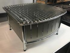 """16"""" X 16"""" STAINLESS STEEL BUFFET STATION W/GRILL, VOLLRATH 4667480"""