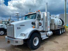 2015 Kenworth T800 Tri-Drive Vac Truck VIN#:1NKDX4TX7FJ971561