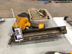 "Bostitch F28WW 28"" Wire Weld Framing Hammer"