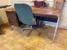 Desk w/ Task Chair