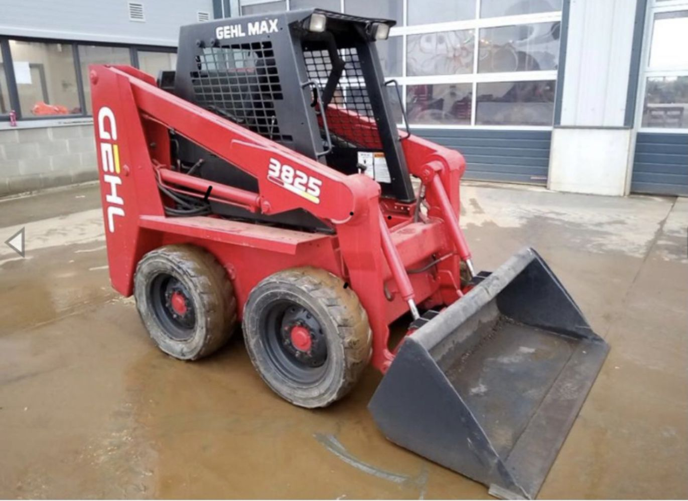 MASSIVE OF EX HIRE PLANT MACHINERY AND COMMERCIALS ENDS SUNDAY THE 8TH AUGUST 6PM.