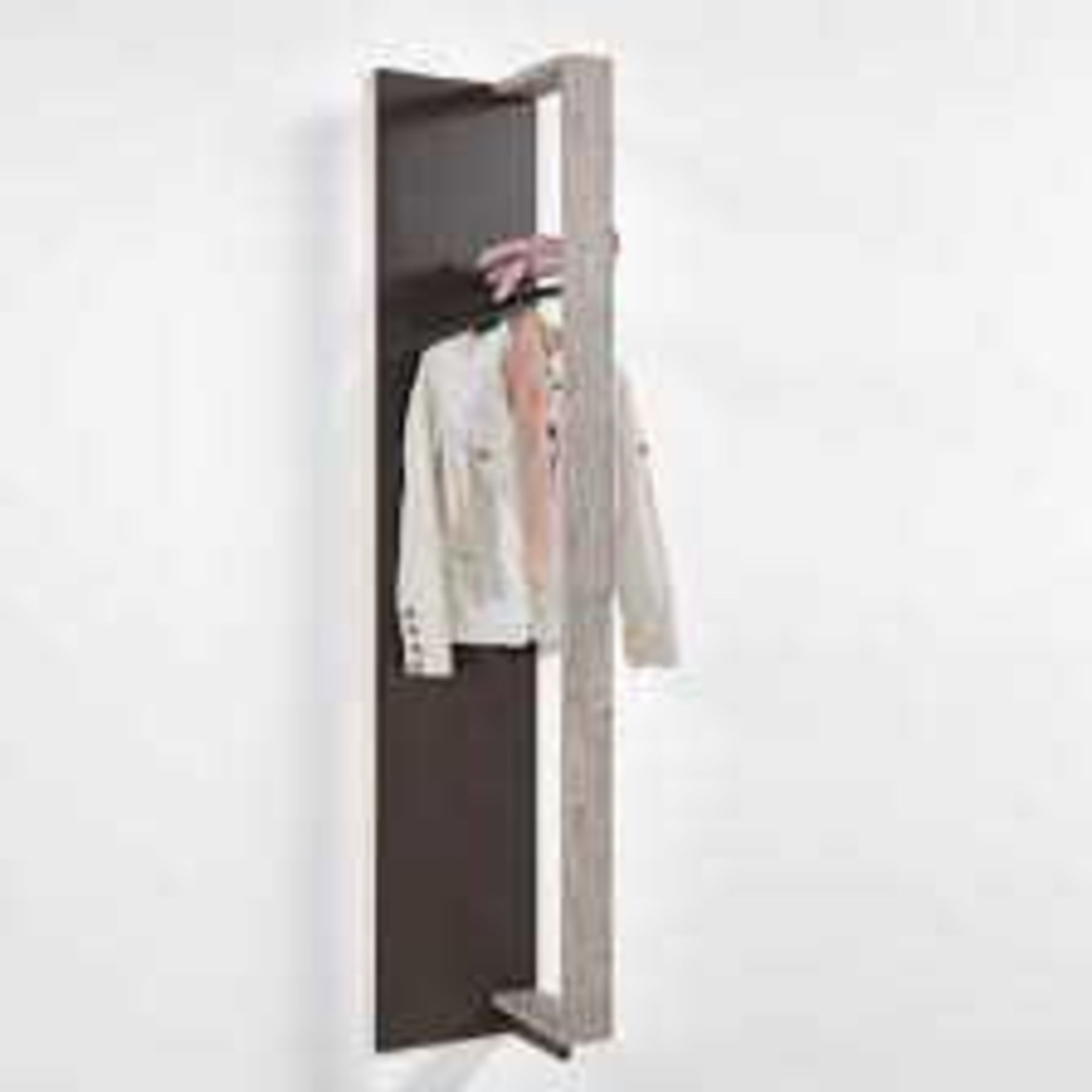 RRP £90. Boxed New Oxford Canelo Wall Mounted Coat Rack (Appraisals Available On Request) (