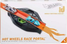 RRP £150 Lot To Contain 3 Boxed Hot Wheels I D Race Portals