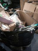 RRP £500 - Assorted Household Items Including Christmas Decorations, Kitchenware, Bedroom Storage, T