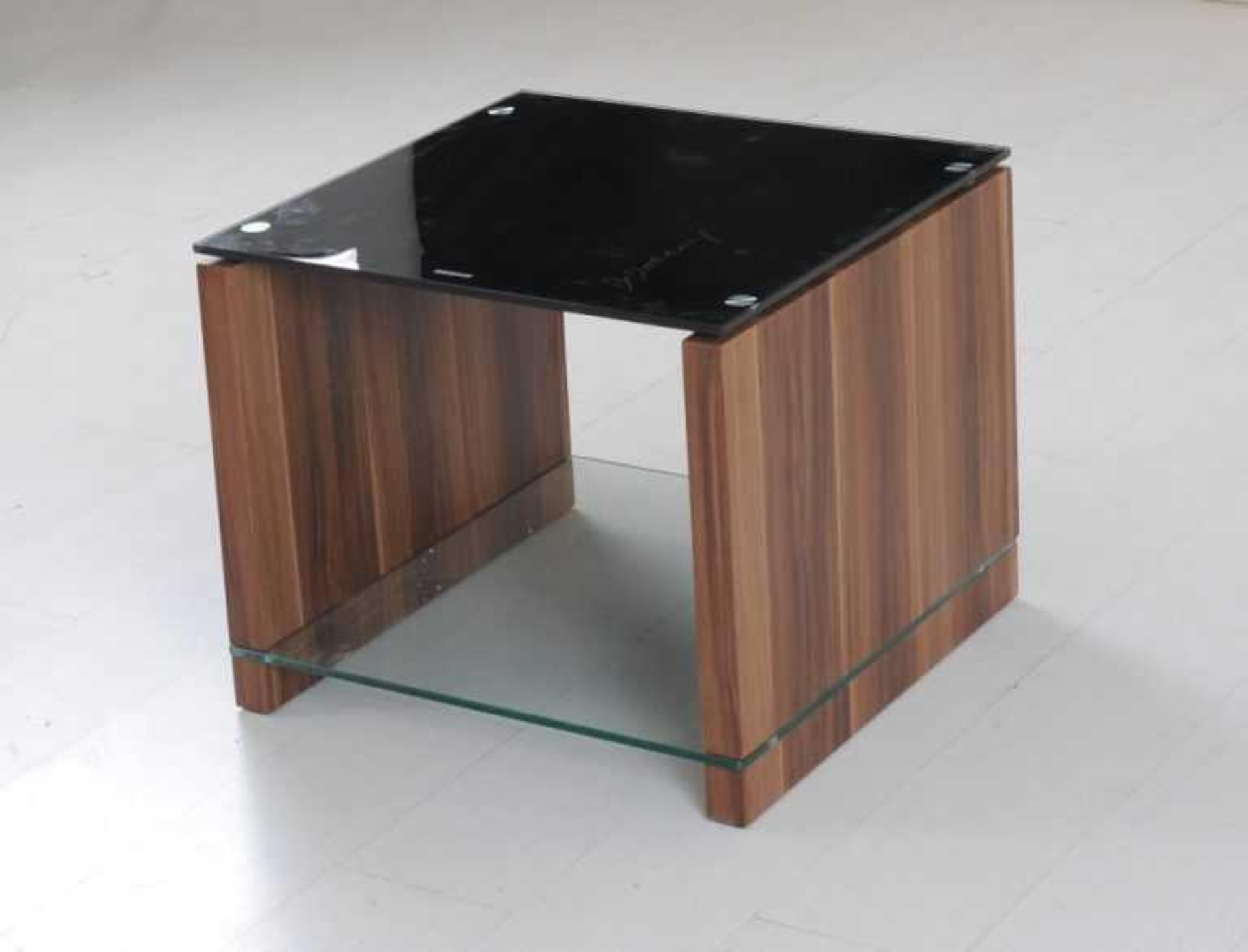 RRP £230 - Boxed 'Atlanta' End Table In Walnut Finish With Black Glass Top (Appraisals Available