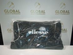 Combined RRP £250 Lot To Contain Five Bagged And Sealed Ellesse Sport Gilets In Black And Grey
