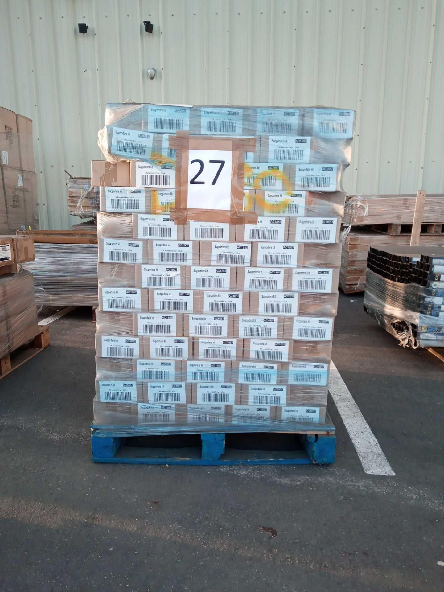 Combined RRP £10,200 Pallet To Contain 4 Pce Gb Supporters Pack All Grade A Slow Moving Stock In