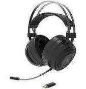 Combined RRP £150 Lot To Contain Boxed Skullcandy Remix Your Style Cassette Headphone And Razer Nari