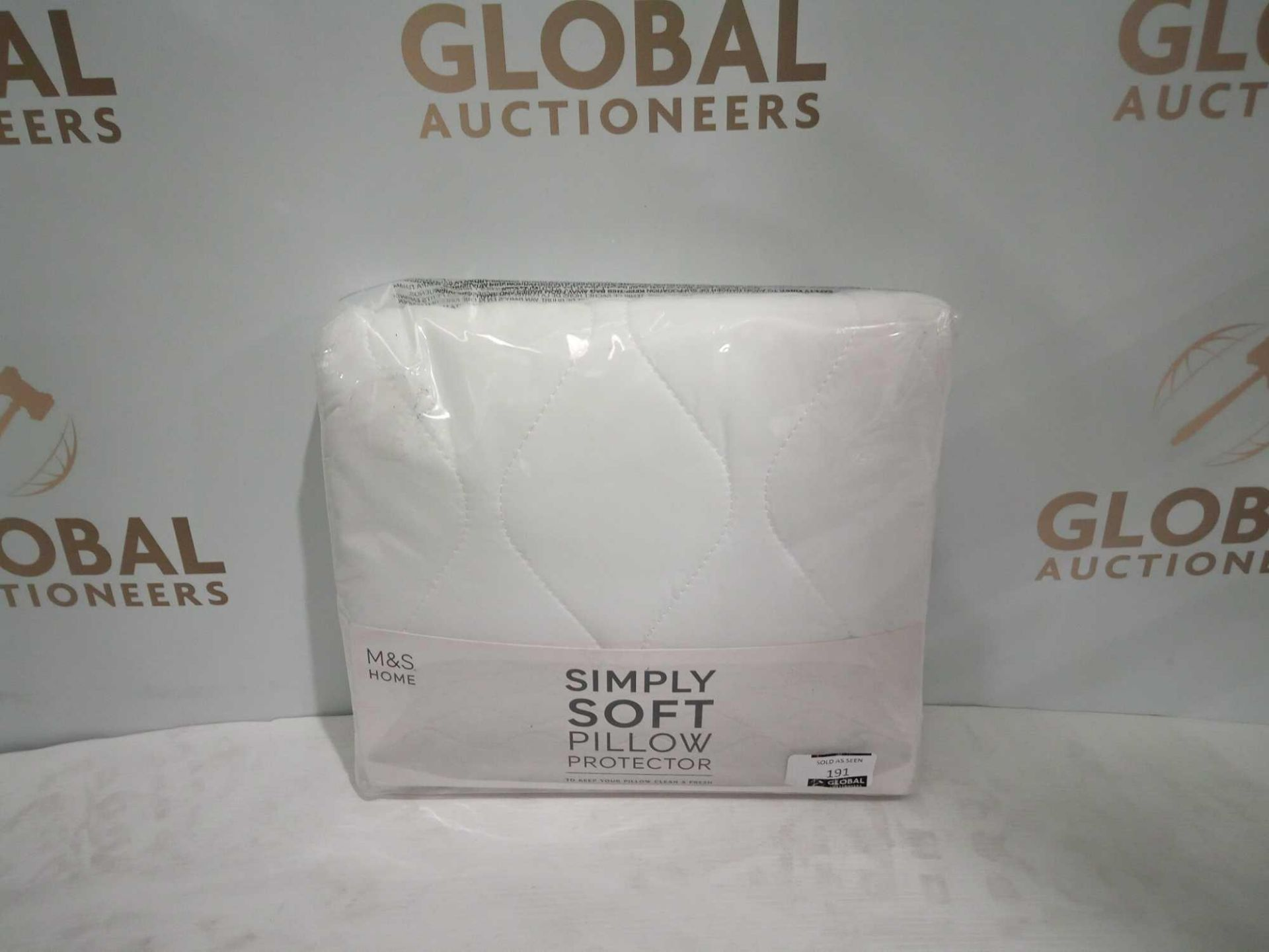 Combined RRP £150 Lot To Contain 5 Assorted Bagged Baby Soft Items To Include Sheets, Blankets And P - Image 2 of 5