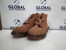 Combined RRP £140 Unboxed The Original Suede Boots In Tan Size 9.5